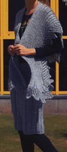 Falda y chal tejidos de punto